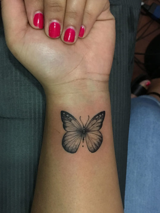adriana-hernandez-tattoo-003-black-inner-wrist