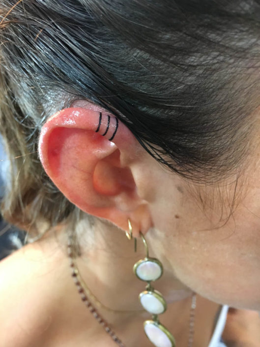 adriana-hernandez-tattoo-005-black-upper-ear