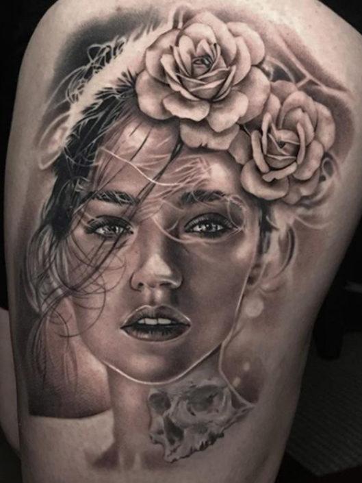 dan-price-tattoo-002-grayscale-upper-thigh