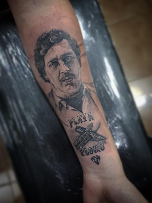 jose-andres-cardoso-tattoo-016-black-inner-forearm