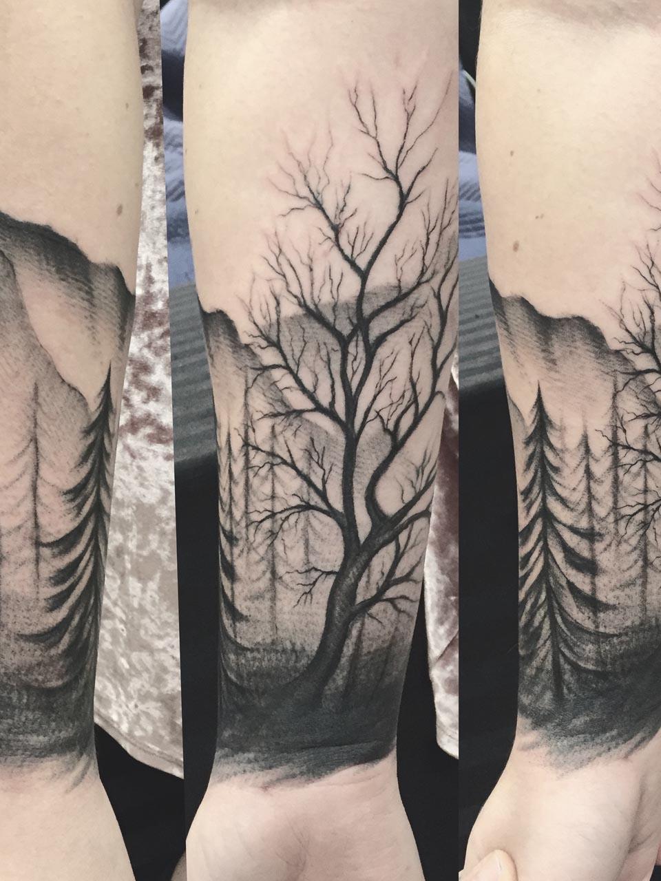 kevin-deuso-tattoo-009-black-forearm-sleeve